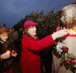 Lidé v parku vzpomínali na Václava Havla