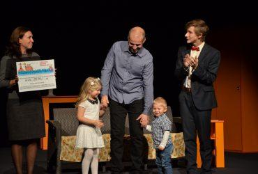 Divadelníci podpořili doučování pro děti vnáhradní péči