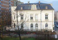 Pfannschmidtovu vilu ozdobí nový trvalkový záhon a ve městě rozkvetou další cibuloviny