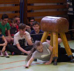 Mladí gymnazisté hostili finále soutěže pro školáky GYMLOVO 4U