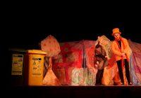 Talentované psí štěně Balynka učilo třídit odpad děti v Lovosicích.