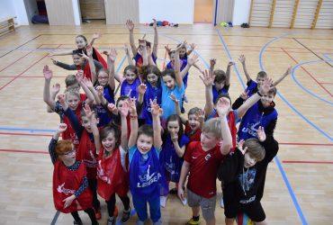 Oslavit pololetní vysvědčení přišly do Labe arény děti ze Štětí a okolí