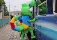První cestující se svezli novou turistickou linkou T4 do Oparna