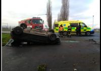 Dopravní nehoda osobního auta u Roudnice nad Labem